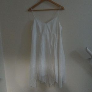 White flowy sun dress